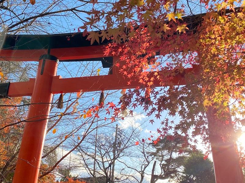 Portique du sanctuaire d'Uji kami Jinja